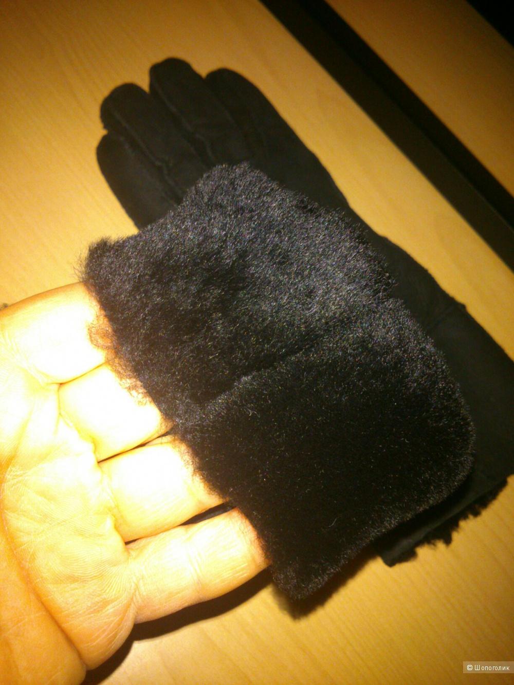 Перчатки Ugg. Размер: S (6,5 - 7 размер).
