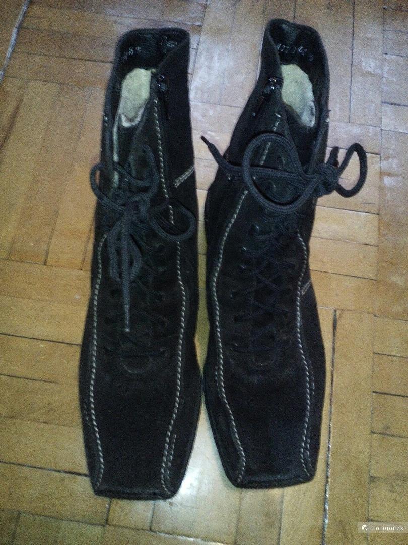 Ботинки Rieker, размер 38