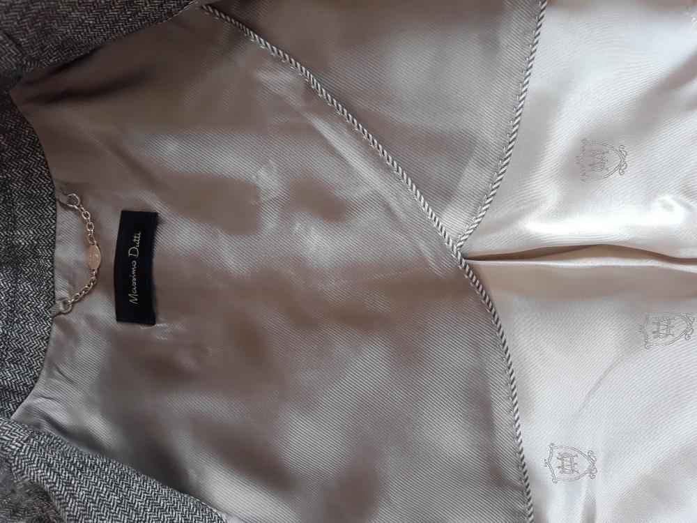 Шерстяной пиджак Massimo Dutti. Размер 34, XS.
