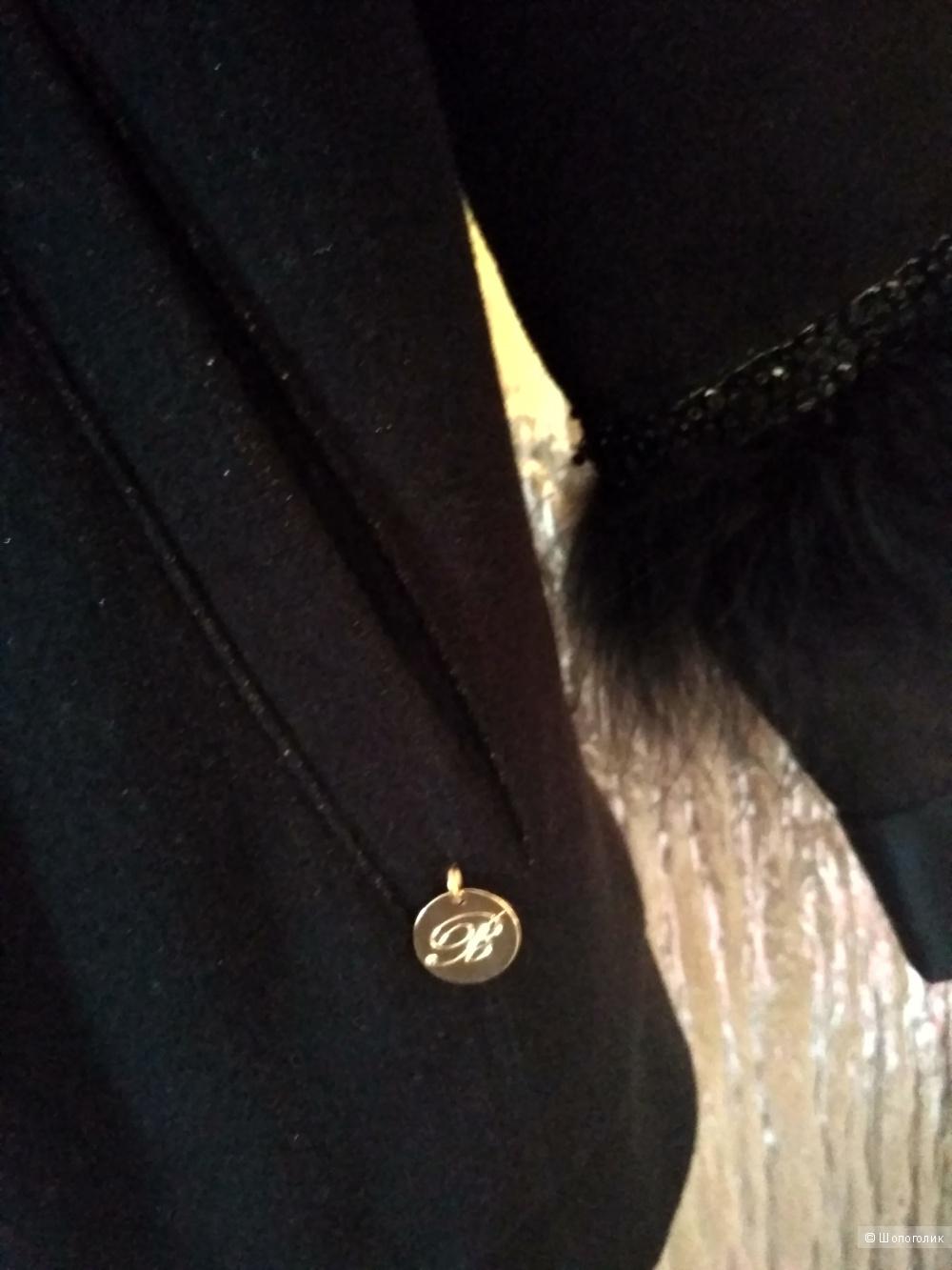Blumarine куртка маркировка М.