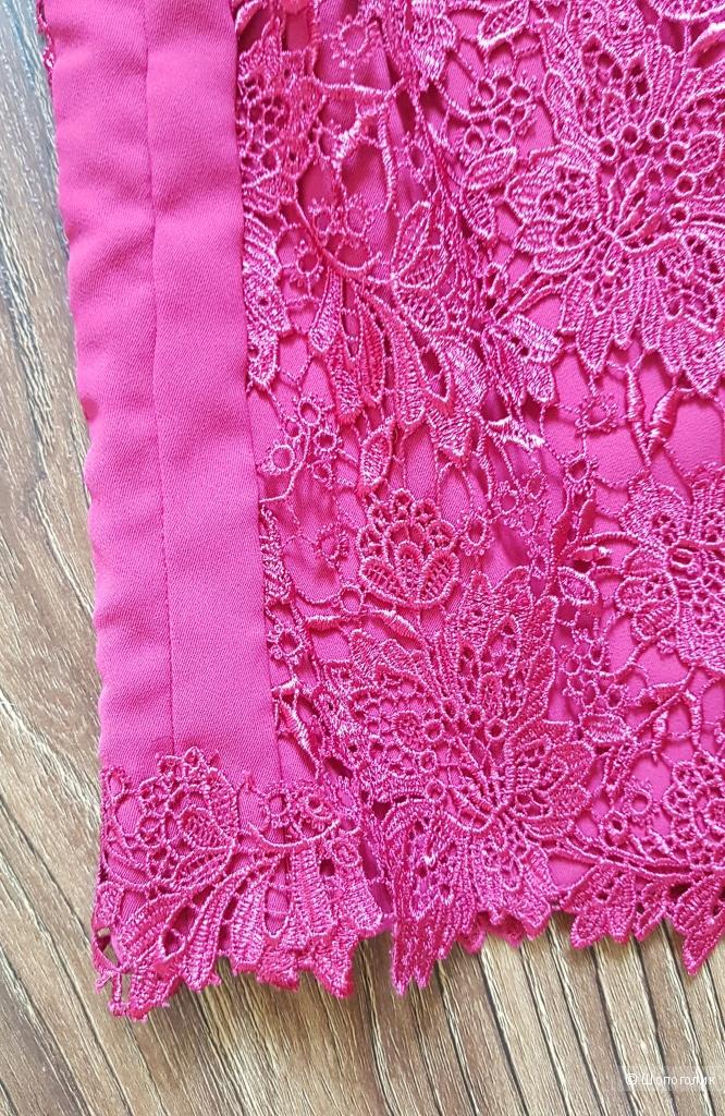 Кружевное платье Monique Lhuillier . р.44-46