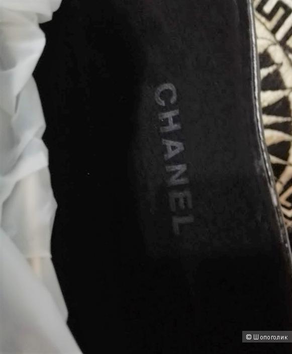 Солнцезащитные очки Chanel .