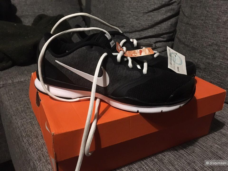 Кроссовки Nike, 40 размер