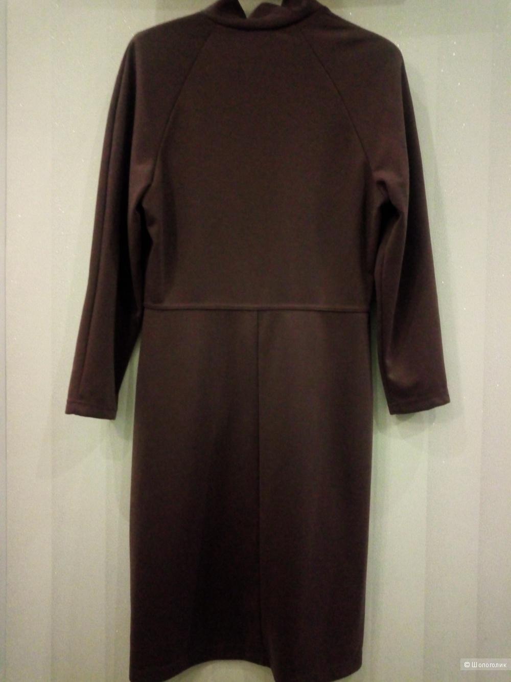 Трикотажное платье, размер М