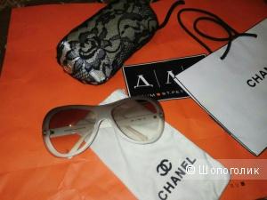 Очки Chanel солнцезащитные
