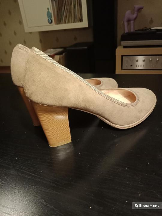 Туфли замшевые Svetski, размер 38