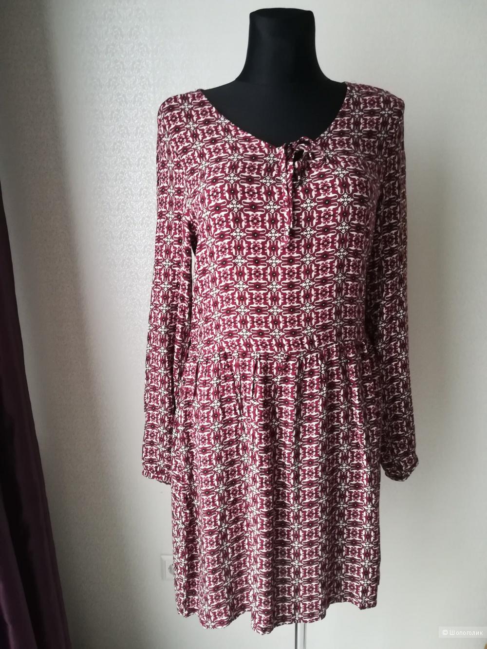 Платье Bluе  motion, размер 42-46