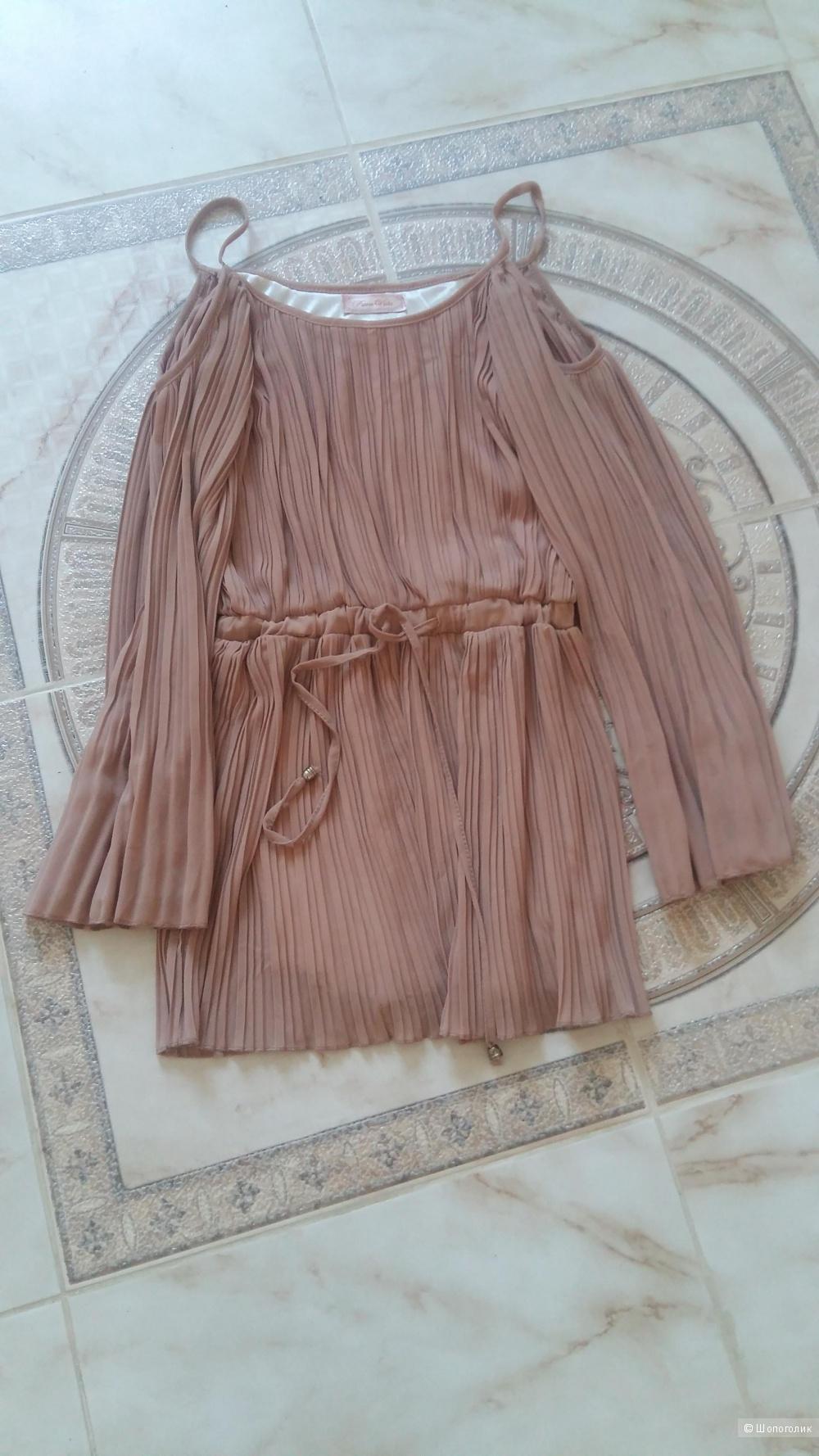 Блузка Pura Vida, размер 42-46.