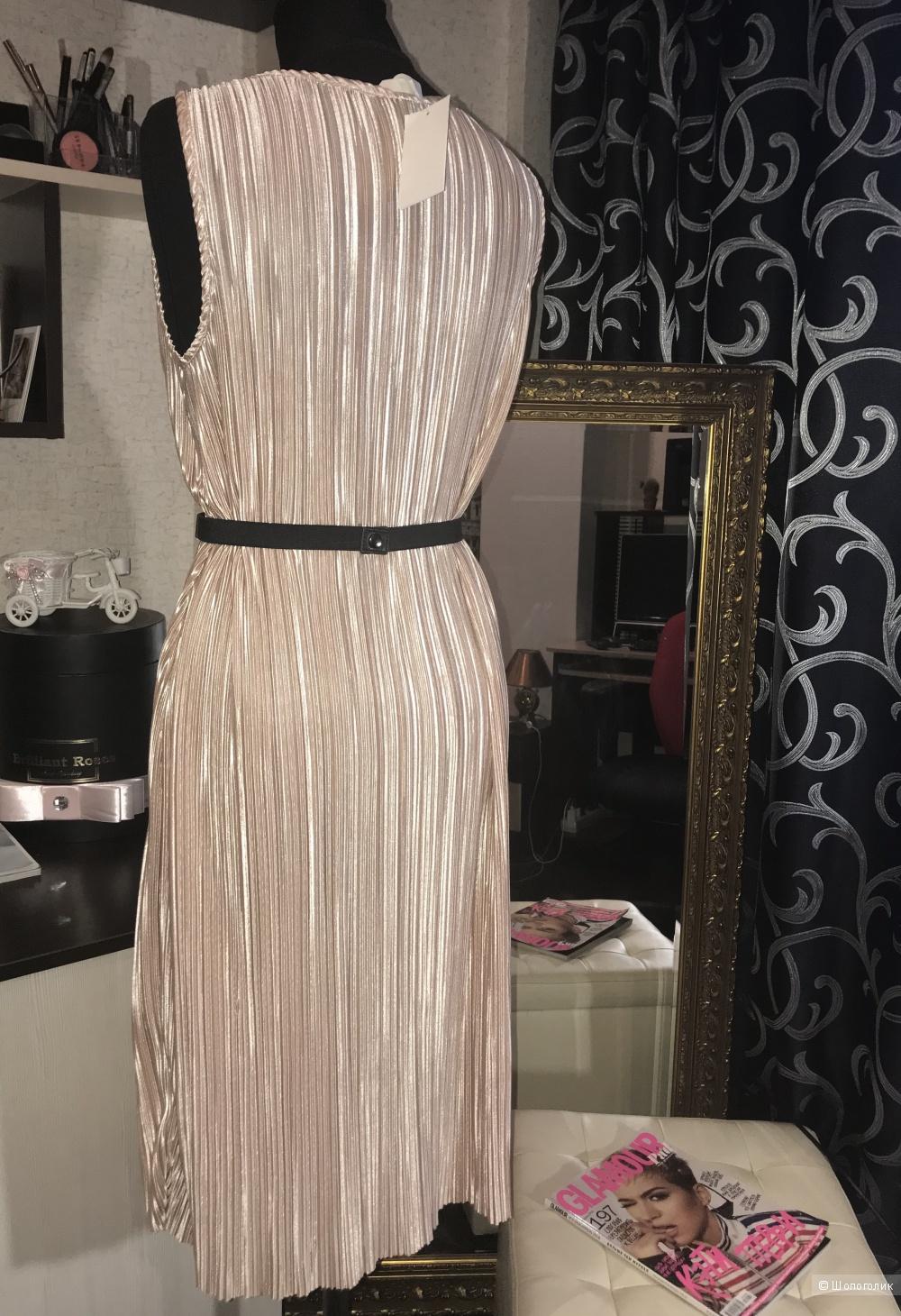 Платье H&M 46