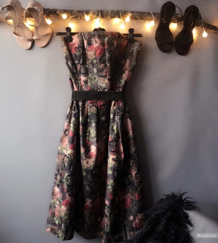 Вечернее платье F & F. Размер L