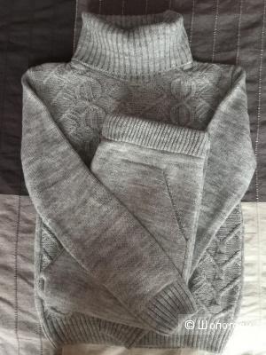 Вязанный шерстяной костюм, размер 40-44, светло-серый