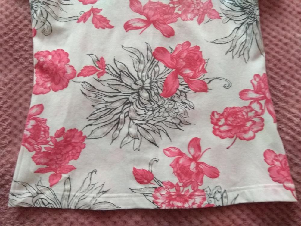 Блузка = футболка Apriori, размер 34 (нем) = 38-42 (рос)