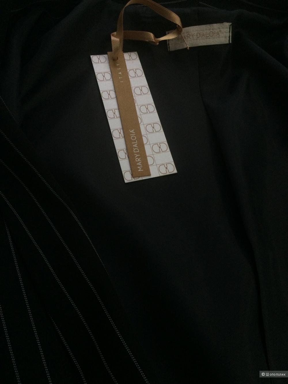 Костюм Mary D'Aloia, 42 размер