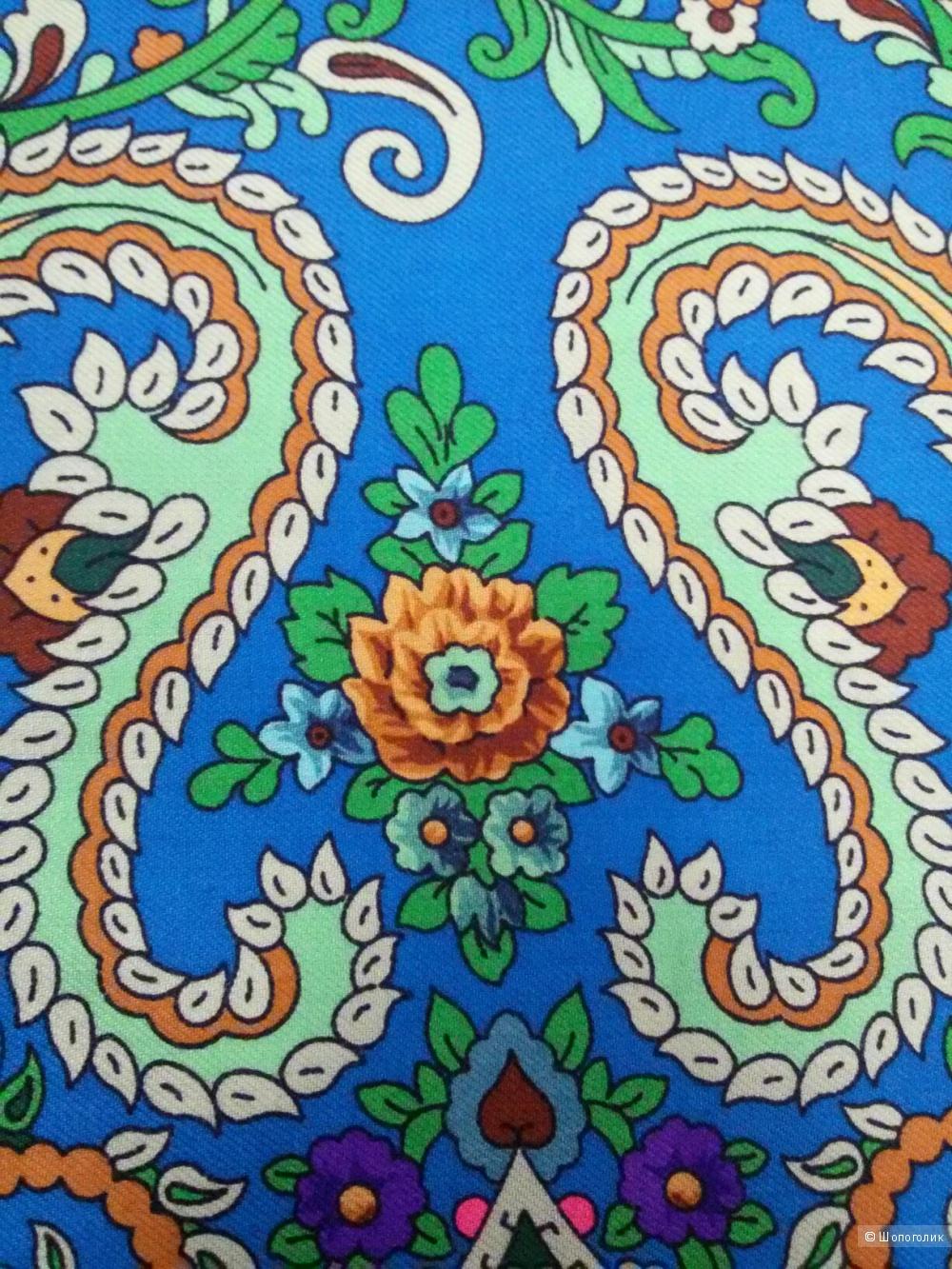 Павловопосадский платок (шаль)