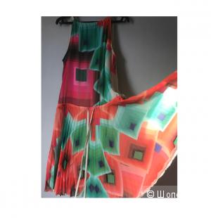 Платье Desigual 44-46 размер