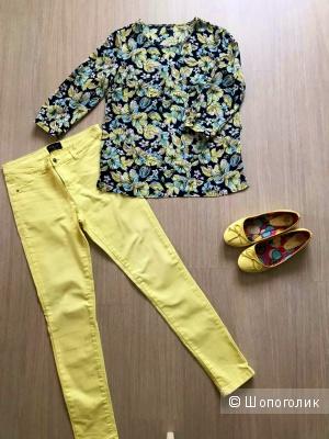 Сет джинсы Mohito р.38 и блуза Zolla р.S