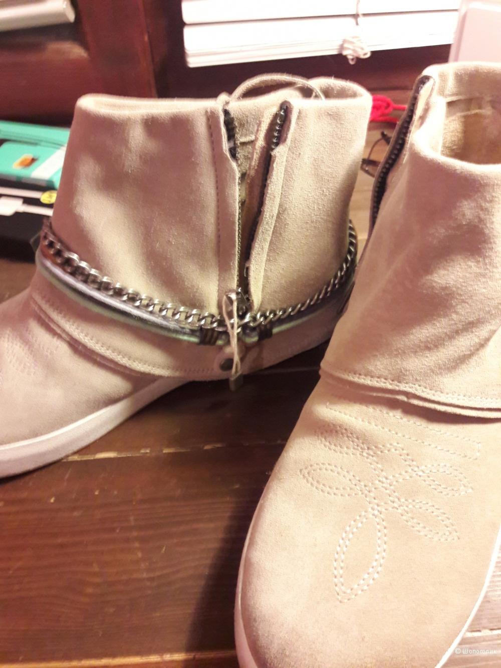 Новые ботинки CATARINA MARTINS, 39 размер.