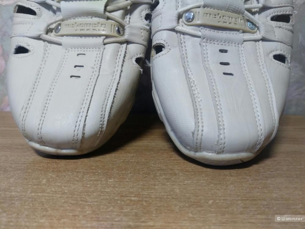 Туфли на мальчика  от Леонард 38 размер.