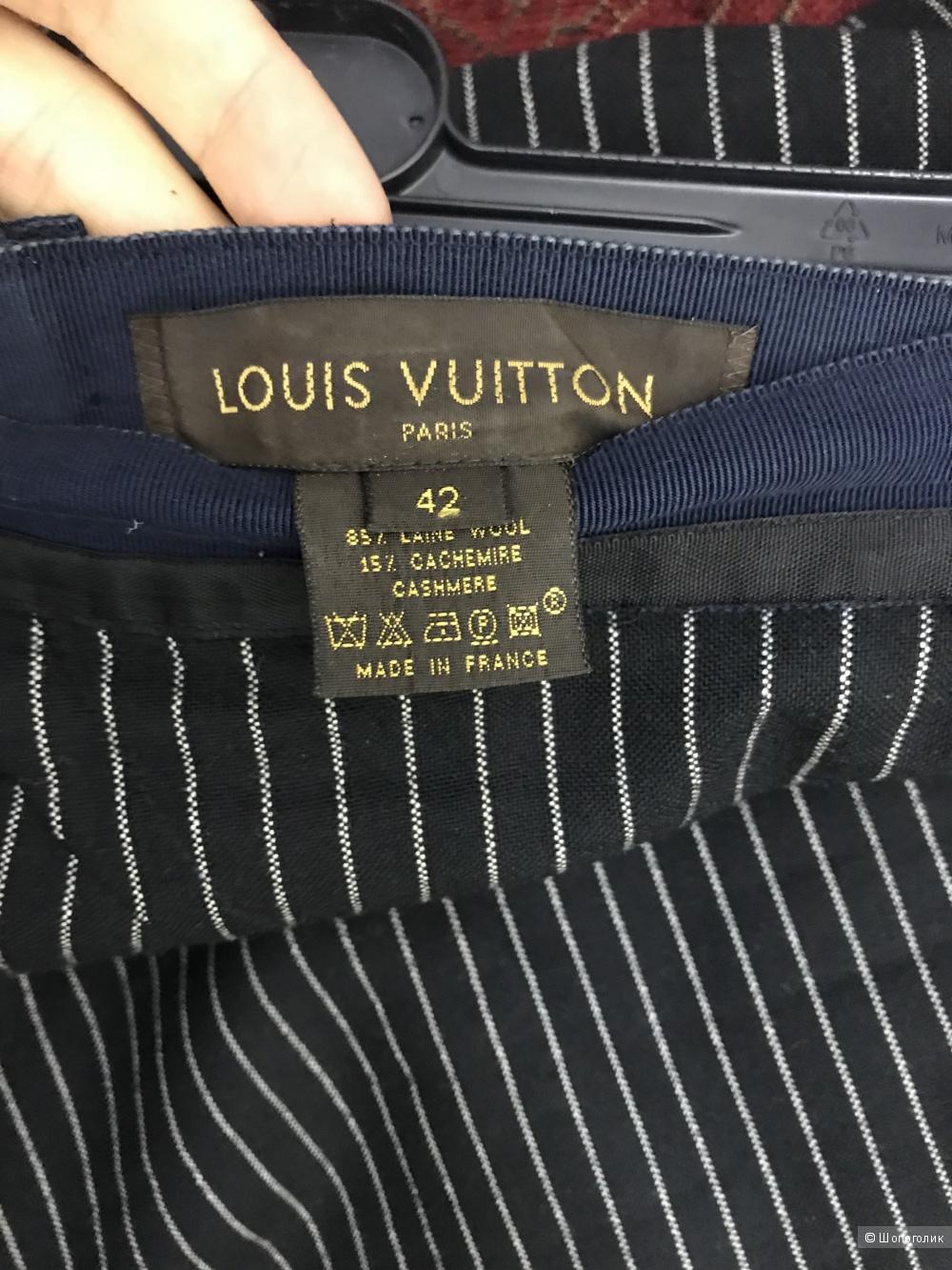 Костюм Louis Vuitton 44-46