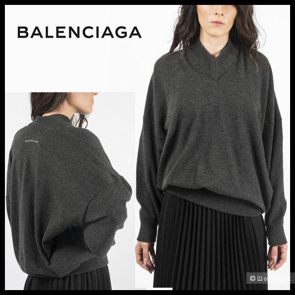 Свитер Balenciaga 44ft