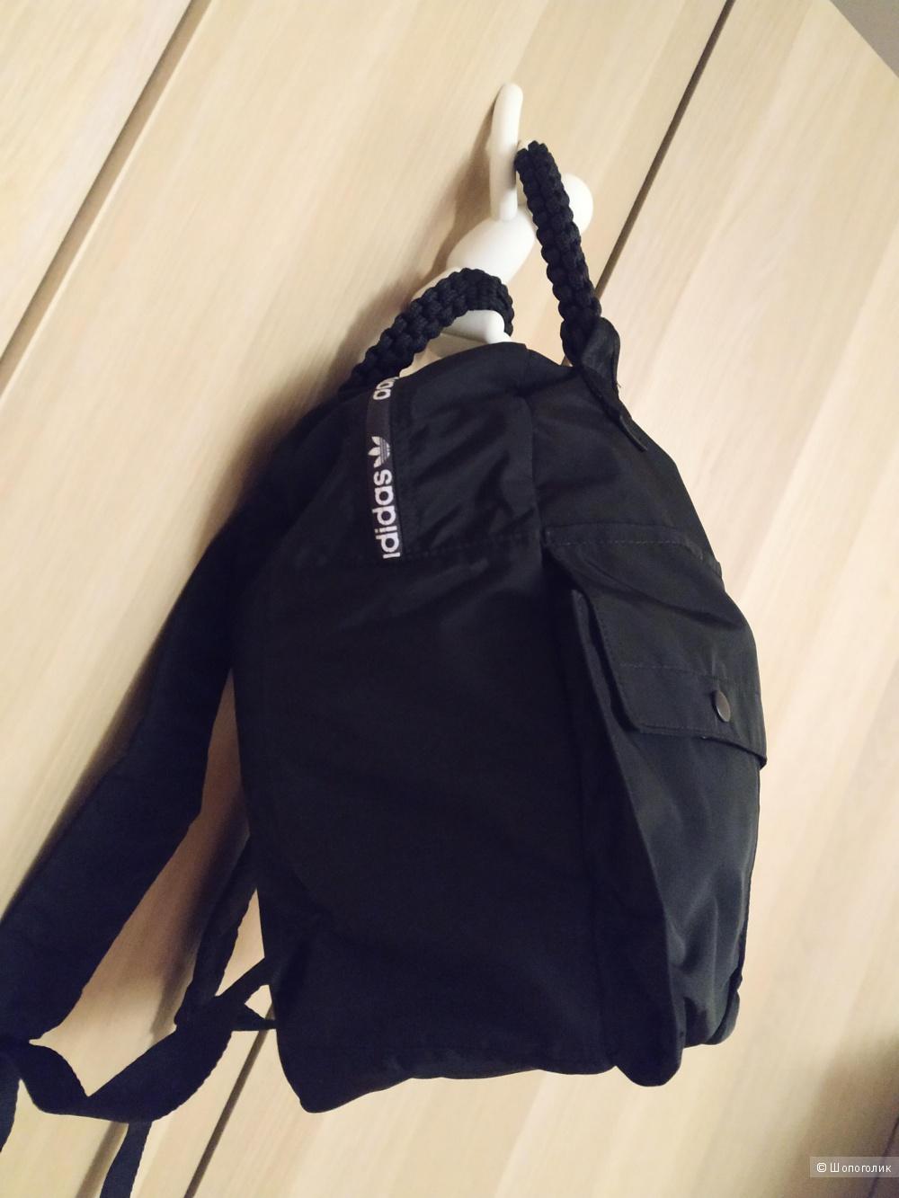 Рюкзак Adidas Originals DJ1233