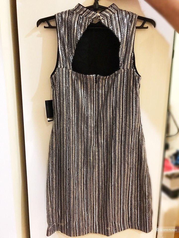 Платье от Guess M