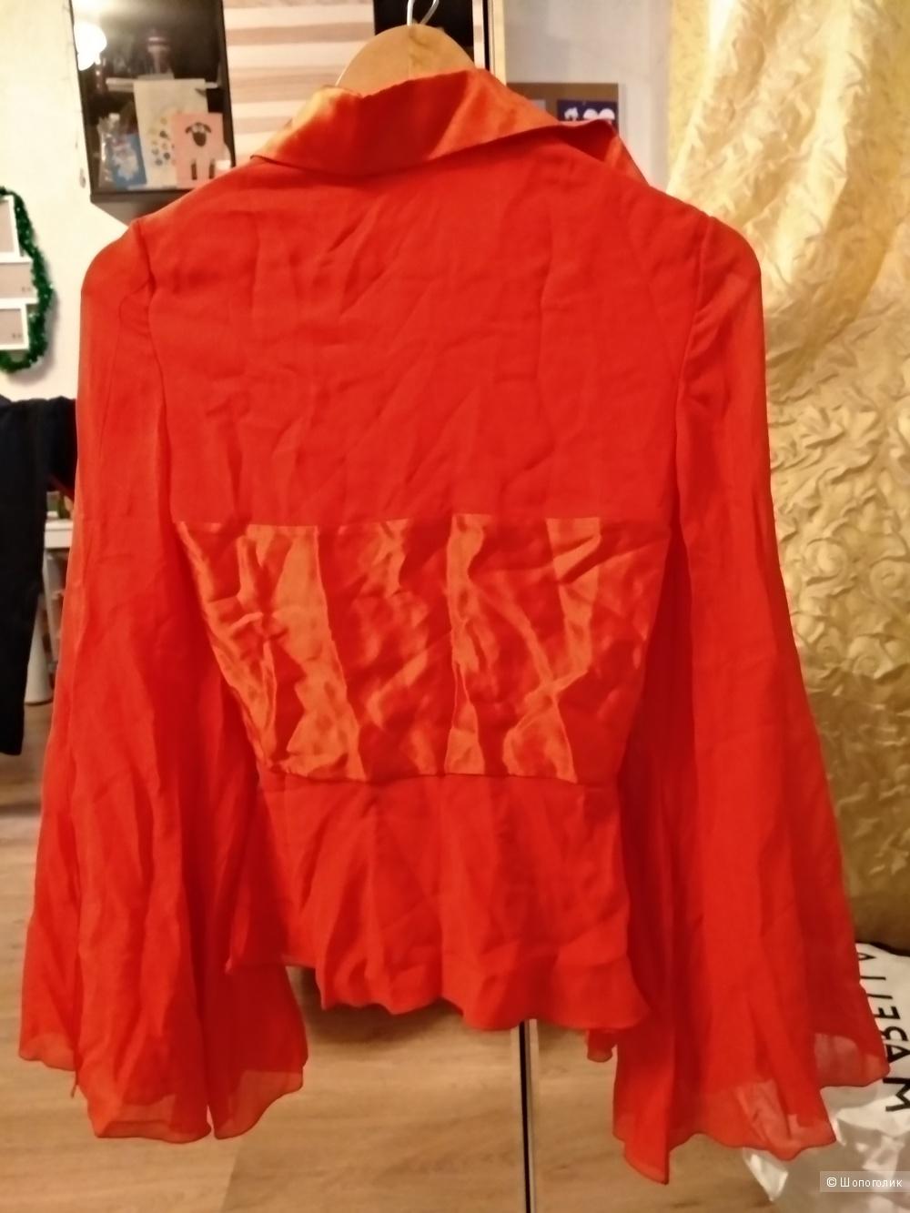 Блузка от Valentino, размер 42