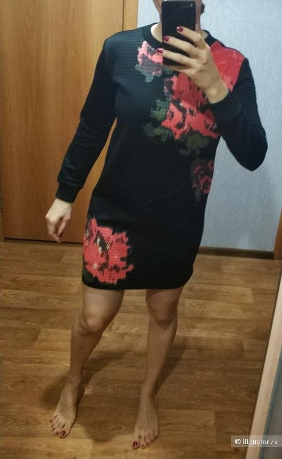 Платье Sportmax Max Mara,  размер  М