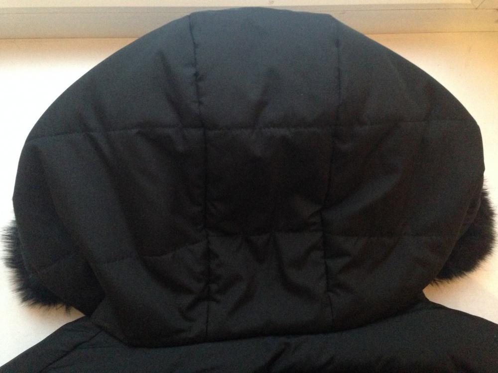 """Утеплённая курточка """" Gap """", размер L"""