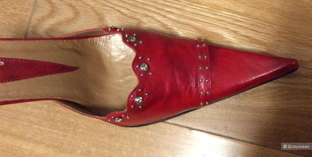 Туфли Cantarini р.39-39,5 (на стопу 25-26 мм)