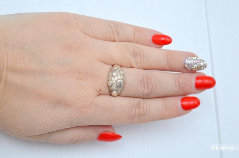 Кольцо серебряное,размер 18-18,5