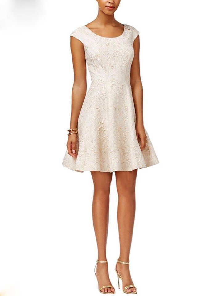 Платье от Betsey Johnson M/L