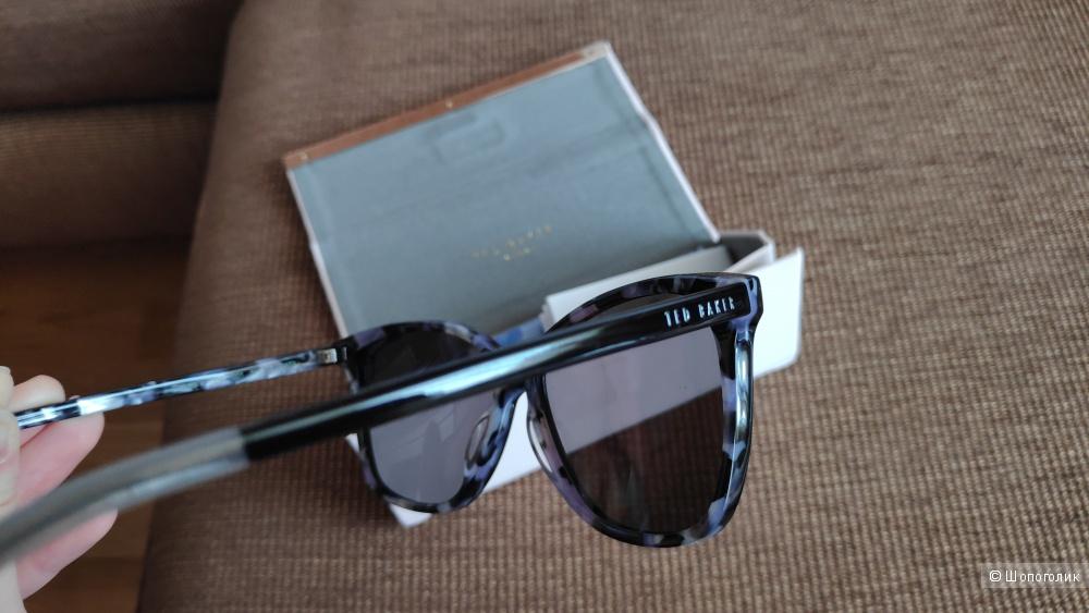 Солнцезащитные очки Ted Baker