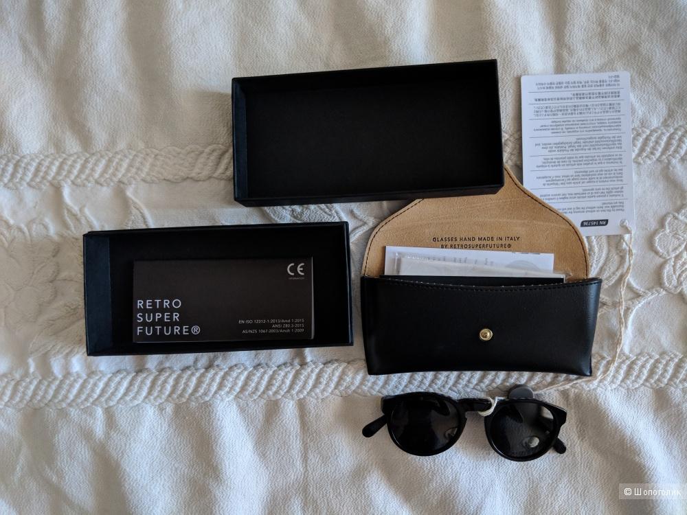 Солнцезащитные очки Retrosuperfuture