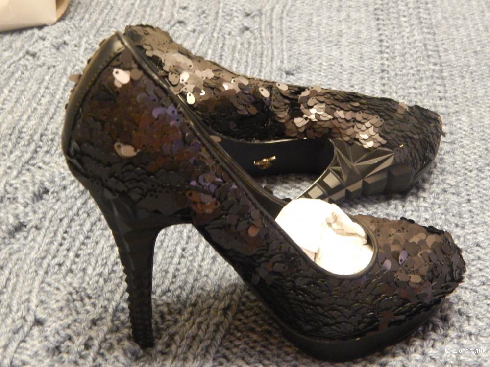 Туфли Rachel Roy, размер 39.