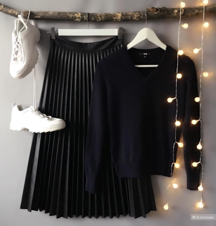 Пуловер Uniqlo. Размер S.