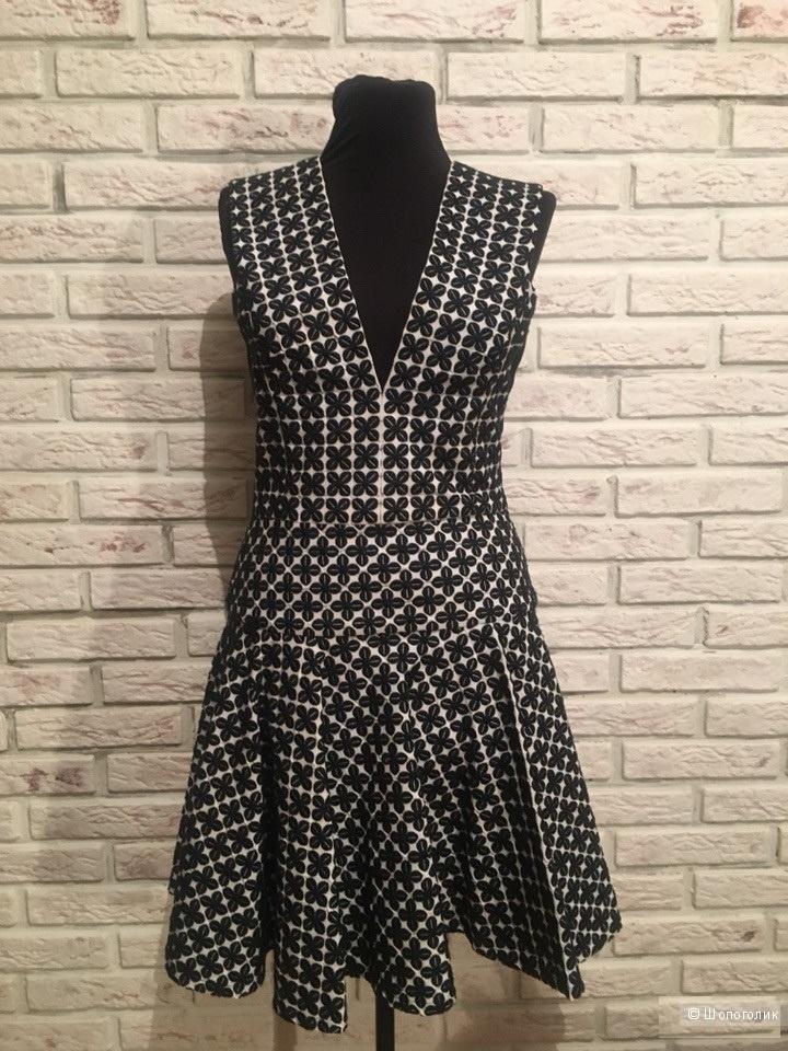 Платье DKNY размер s (42-44)