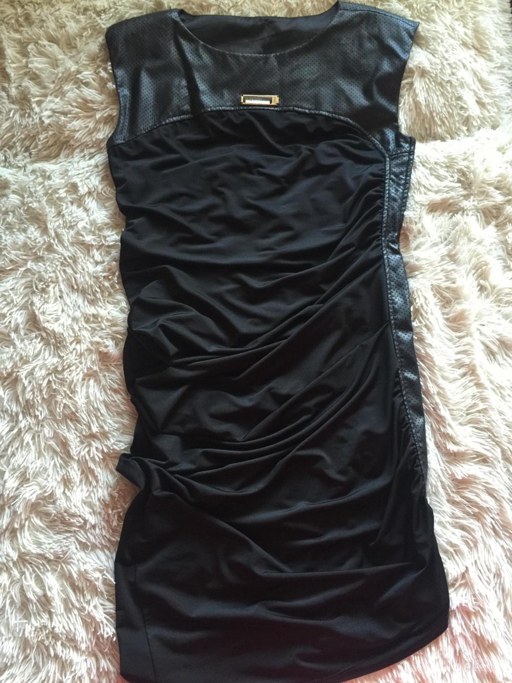 Платье Waggon Paris, размер M