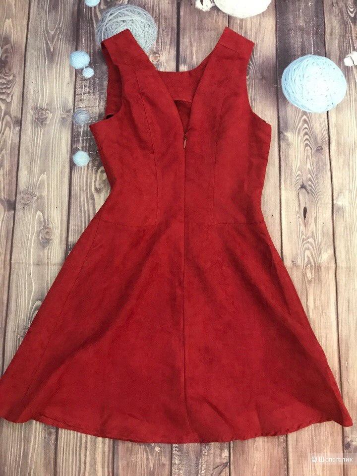 Платье от Bcbgeneration S/М