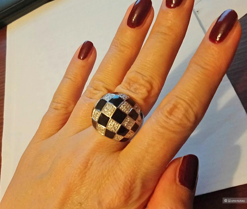 Серебряное кольцо  17,5 размер