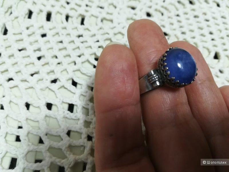 Серебряное кольцо с кианитом, 16.5 р-р