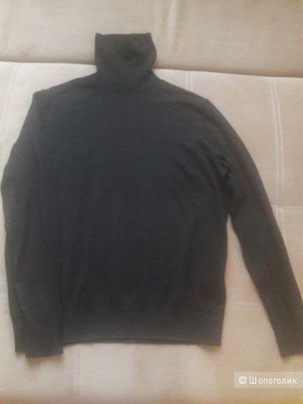 Джемпер Cos 100 процентная шерсть размер 46-48