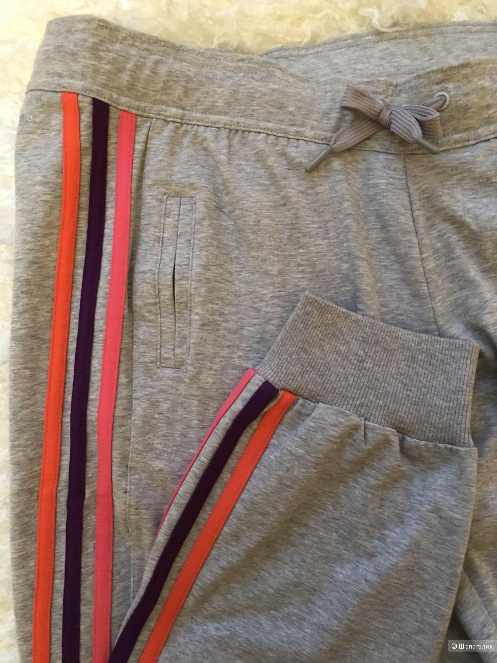 Брюки Adidas,44-46р.