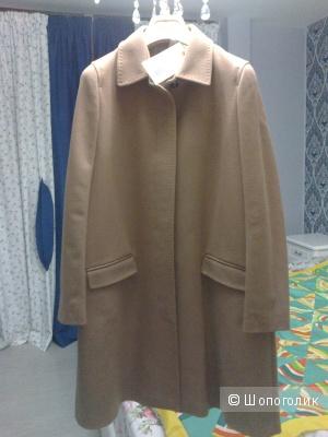 Пальто  GOLD Case, размер 42-44.