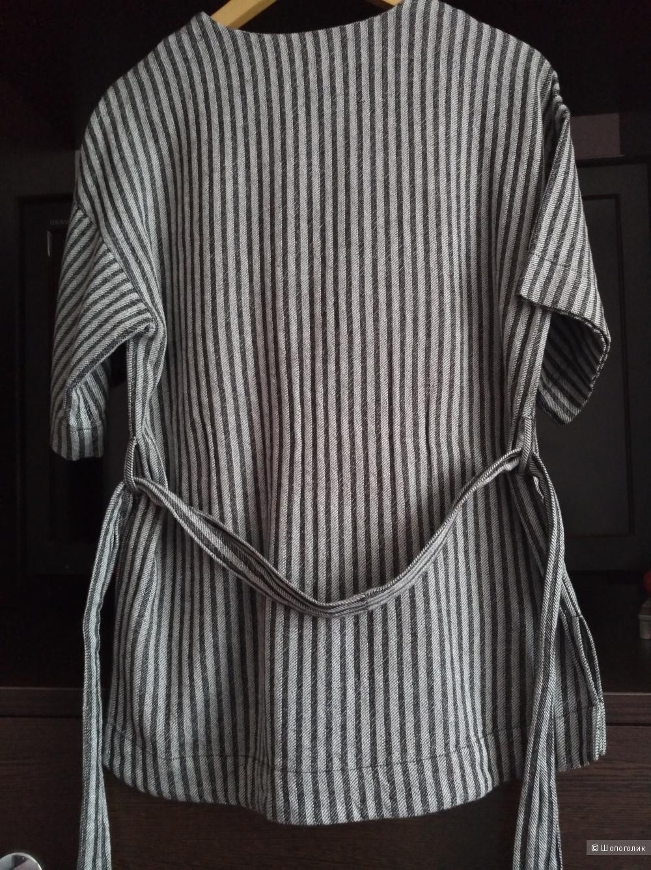 ASOS V Neck Belted T-Shirt in Stripe, 8 UK