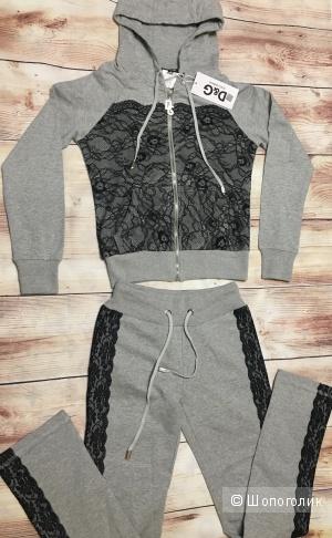 Спортивный костюм с кружевом D&G, размер на рос. 40-42