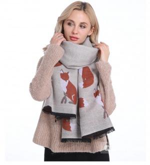 Кашемировый шарф с лисами
