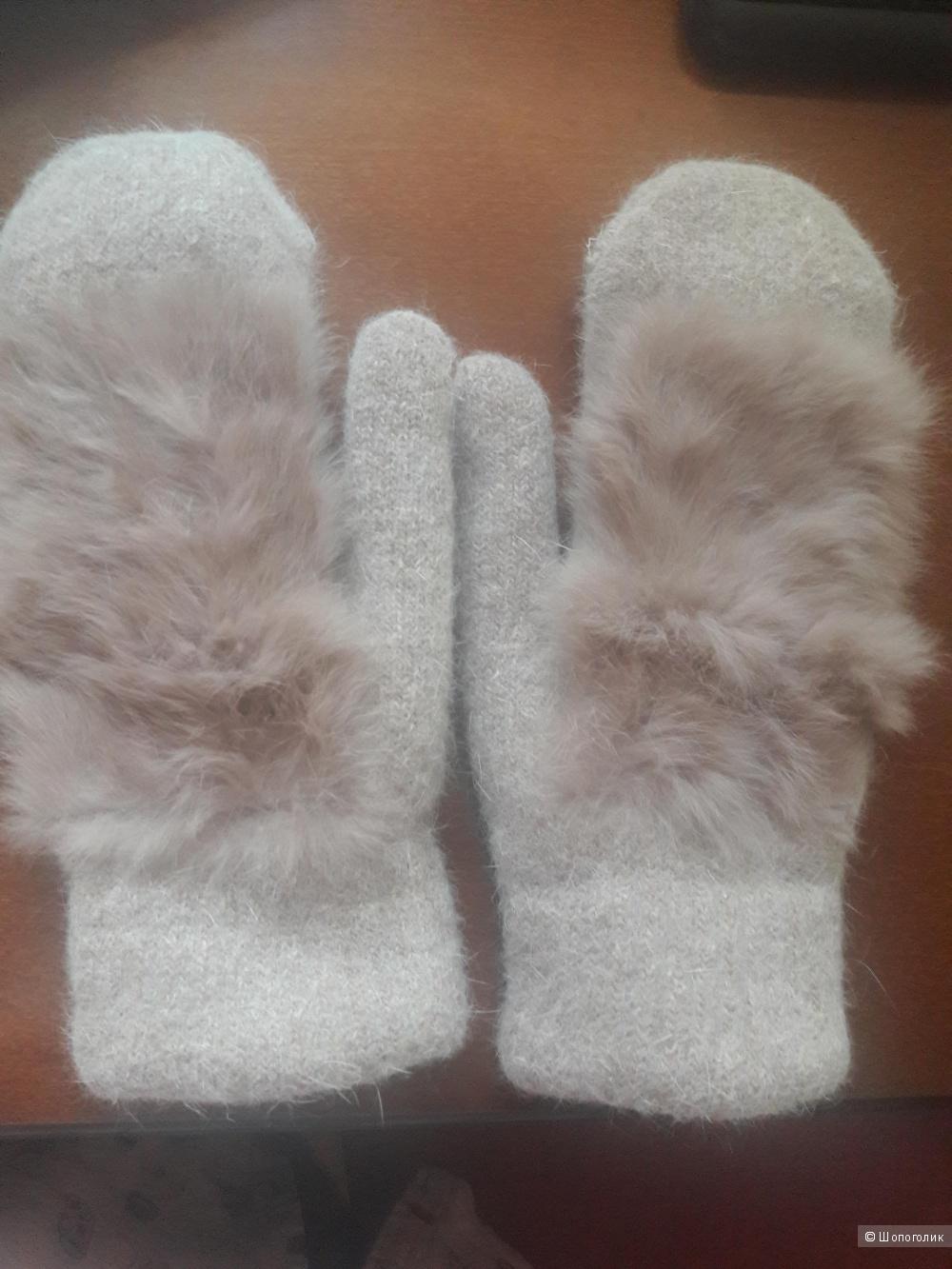 Варежки с мехом кролика фирмы Darya
