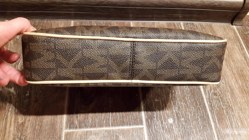 Сумка Michael Kors jet set travel large crossbody monogram