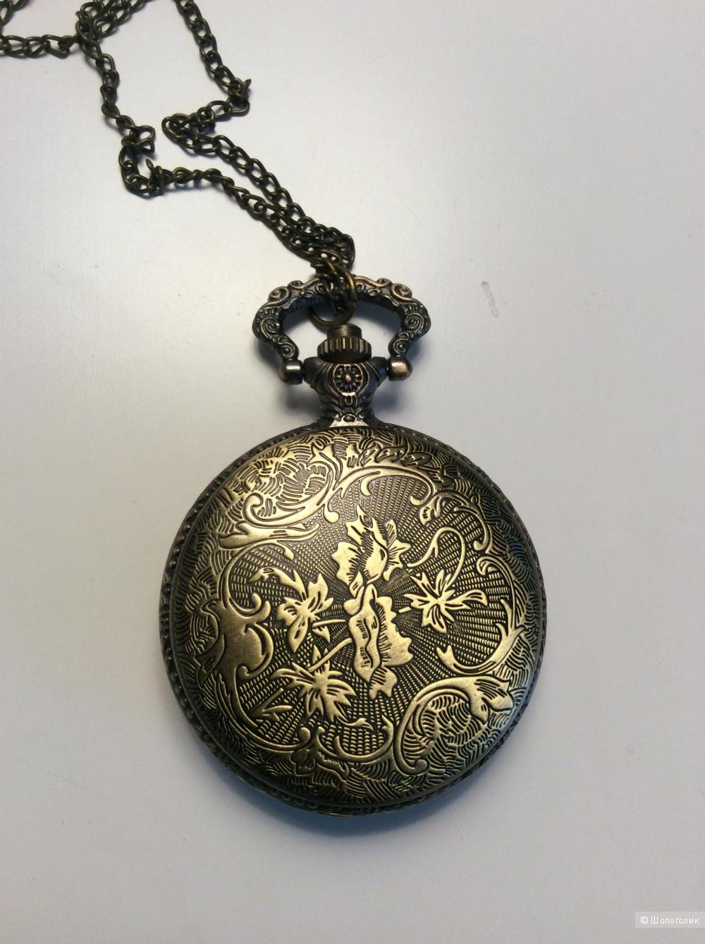 Часы-кулон на цепочке Fashion Jewelry